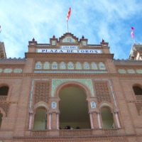 SPANIA: Corrida de Torros - spectacol de artă tradiţională sau distracţie barbară pentru turişti?