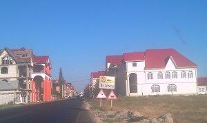 """TURISM: Comuna Buzescu, a opta minune a lumii. Întrebarea """"Cu ce bani?"""" este indecentă!"""