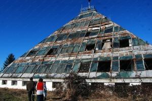 Piramida Pitesti