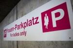 Frauen-Parkplatz
