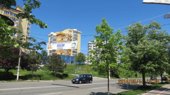 image-2014-05-13-17243842-56-cum-leaga-banner-franghii-monument