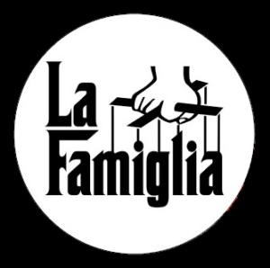 la_famiglia_sticker-p217941404367845020z85xz_400