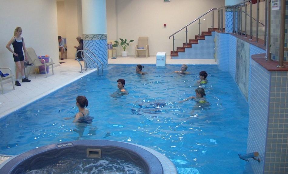AQUA-GYM: Gimnastica acvatică, terapie completă pentru revigorarea trupului şi alungarea stresului!