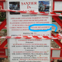 CONTAINERE ÎNGROPATE: După 2 săptămâni de săpat în mijlocul parcării, Primăria Craiova a realizat că nu e locul potrivit!