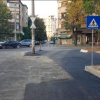 CAPCANE ÎN BUCUREȘTI: Atenție de stâlpul de beton din intersecția de pe Calea Dudești!